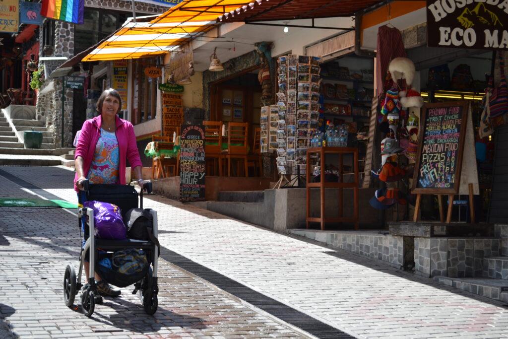 Rollz Motion verre reizen Aguas Calientes Peru